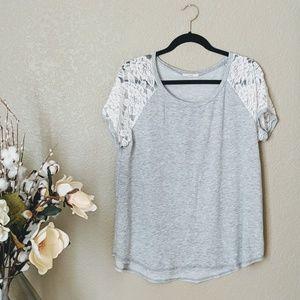 Easel Gray & White Short Sleeve Tshirt Sz M